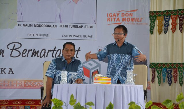 Calon Wakil Bupati Bolmong nomor dua, Jefry Tumelap saat memaparkan pembahasan dalam debat kandidat kedua