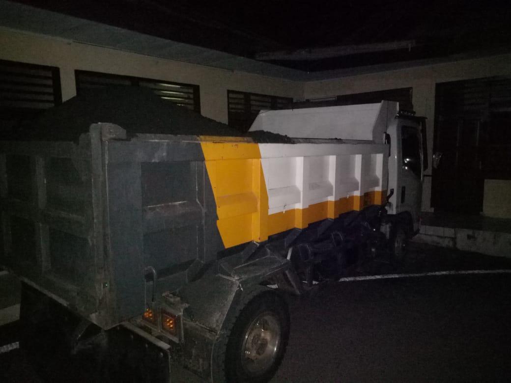 Truck Pengangkut Material Diduga Ilegal Akhirnya Ditahan di Polres Kotamobagu
