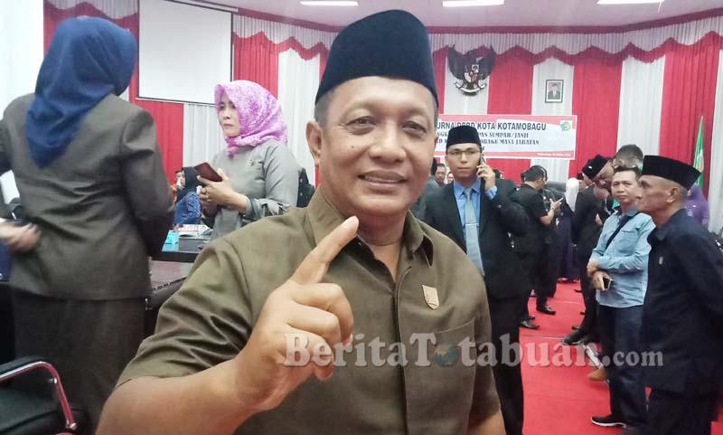Tidak Ambisi, Agus Berikan Mandat ke Rewi Daun Sebagai Ketua Fraksi Hanura