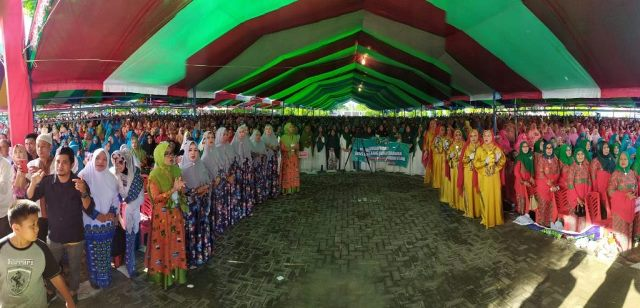 Bolmong Sambut Kedatangan Olly dan Ribuan Anggota BKMT se-Sulut