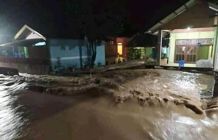 Imbas Cuaca Ekstrim, Ratusan Rumah Terendam Air dan Perkebunan di Wilayah Dumoga Rusak