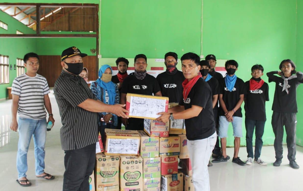 Pemuda dan Mahasiswa Sangihe Salurkan Bantuan Bagi Korban Bencana Bolmong-Bolsel