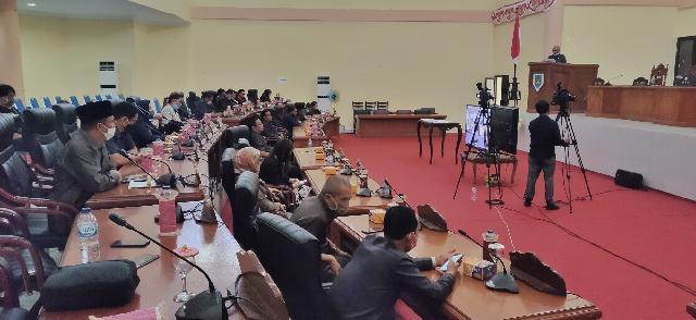 DPRD dan Pemkab Bolmong Sepakati Perda Perubahan RPJMD Tahun 2017-2022