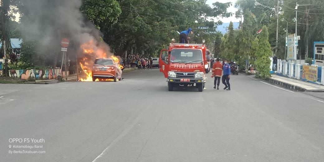 Toyota Calya Terbakar