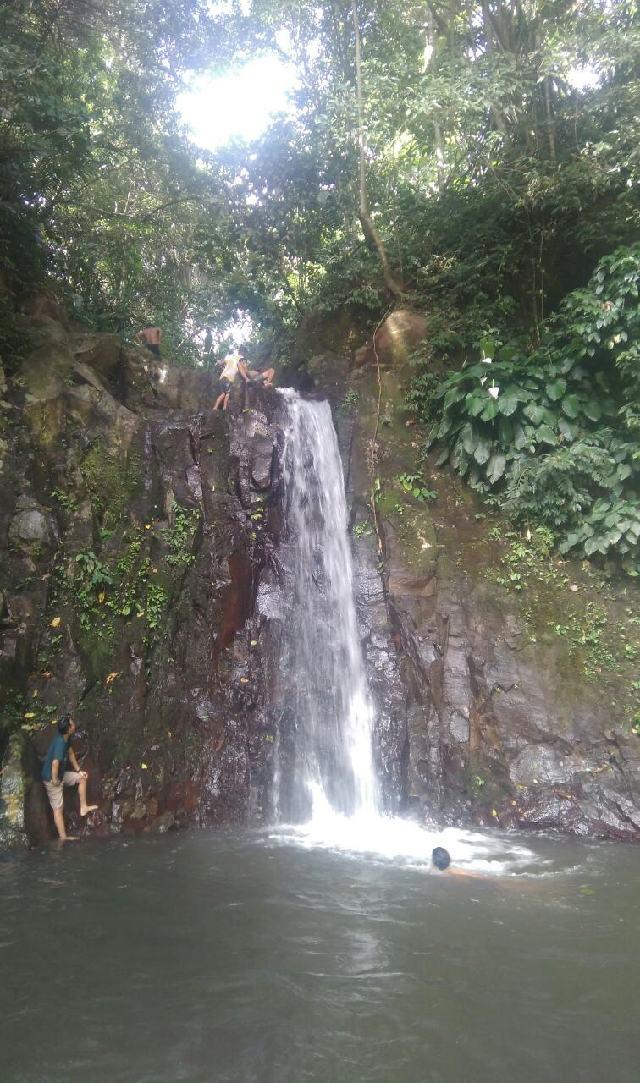 Pengunjung Diminta Jaga Kebersihan Air Terjun Ilantat