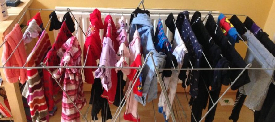 Jemur Baju Dalam Rumah