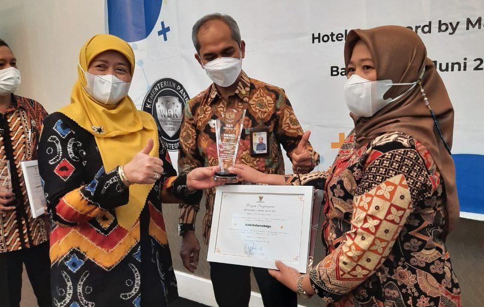 Raih BKN Award