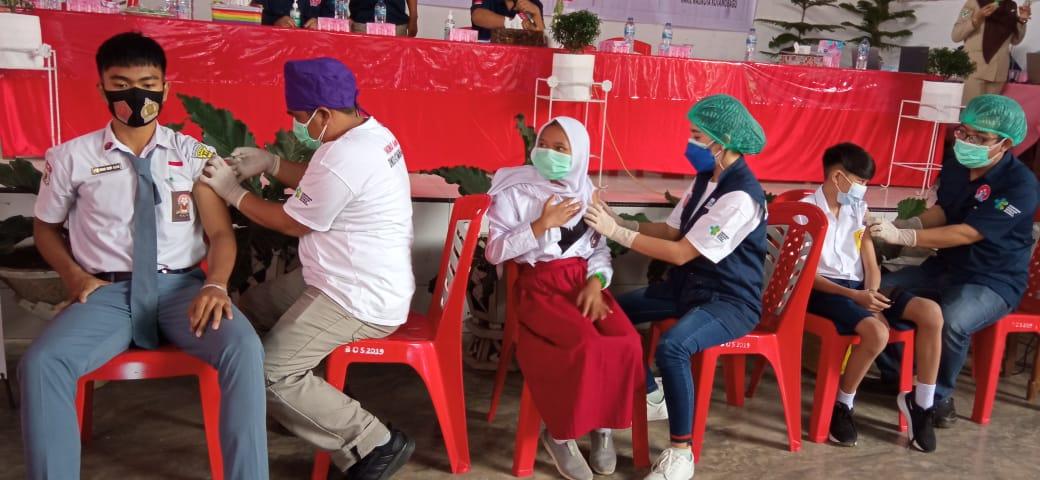 Vaksinasi Untuk Siswa