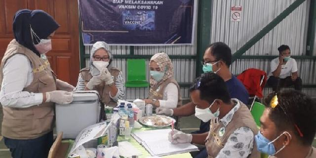 Giliran Karyawan PT. JRBM Terima Vaksinasi Dari Dinkes Bolmong