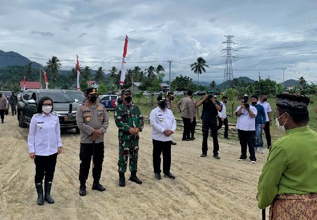 Sambut Kuker Kapolda Sulut, Yasti Hadiri Seremonial Peletakan Batu Pertama Pembangunan Mako Polres Bolmong