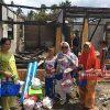 Ketua TP-PKK Boltim Kunjungi Korban Kebakaran Modayag