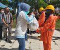 TBNK Berikan Bantuan Kebutuhan Pengan ke Petugas Kebersihan