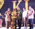 Walikota Kotamobagu Kembali Terima Penghargaan Kota Layak Anak