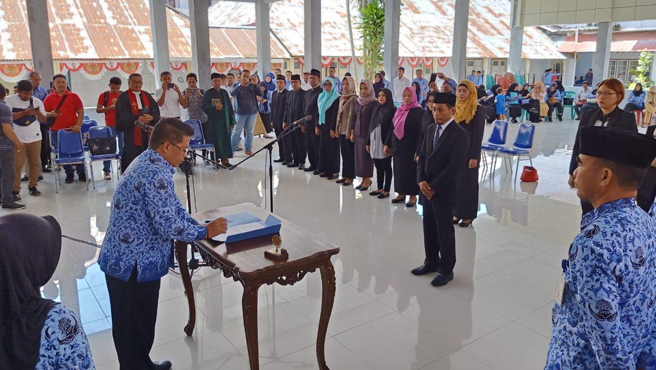 Sebagian Besar Pejabat Struktural RSUD Kotamobagu Berganti Wajah