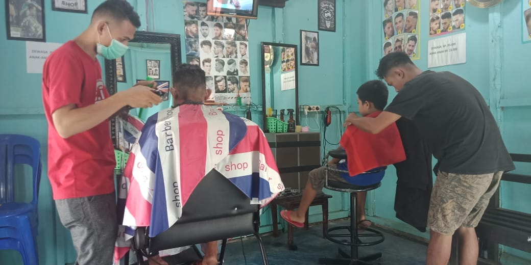 Berbekal Pengalaman Kerja, Ricko Mampu Buka Barbershop Sendiri
