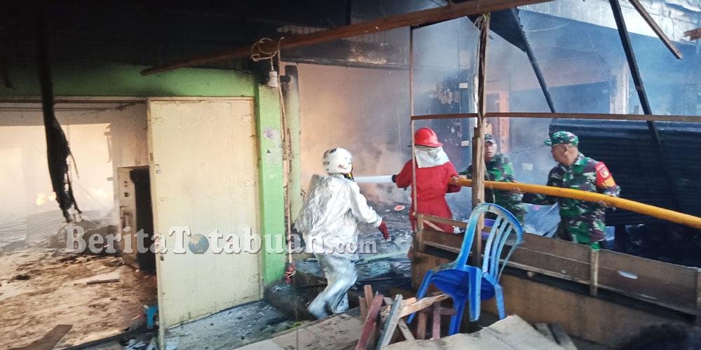 Pasar Serasi Hangus Terbakar, Berikut Foto-Fotonya