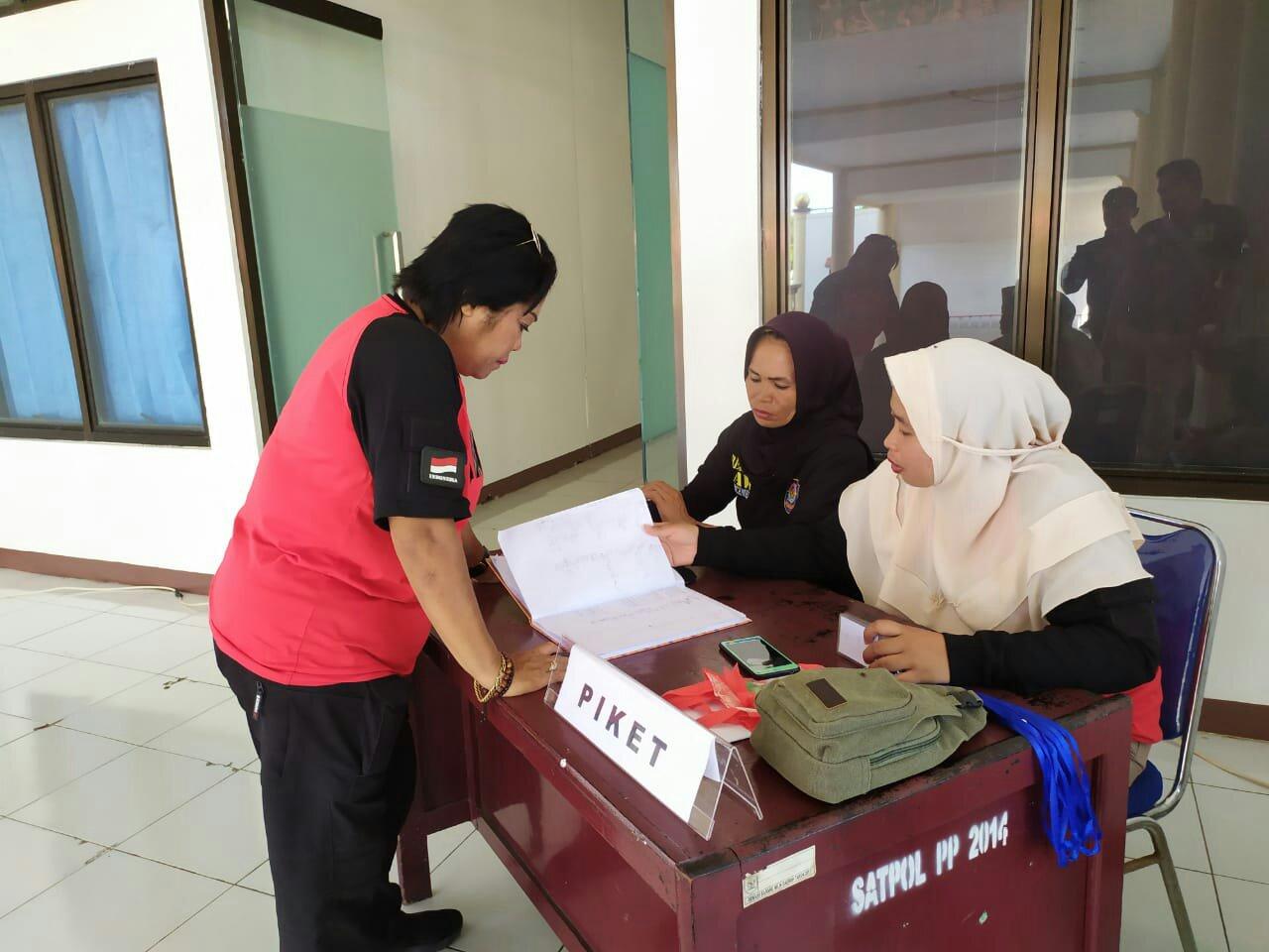 Pengunjung Kantor Bupati Bolmong Wajib Tinggalkan KTP