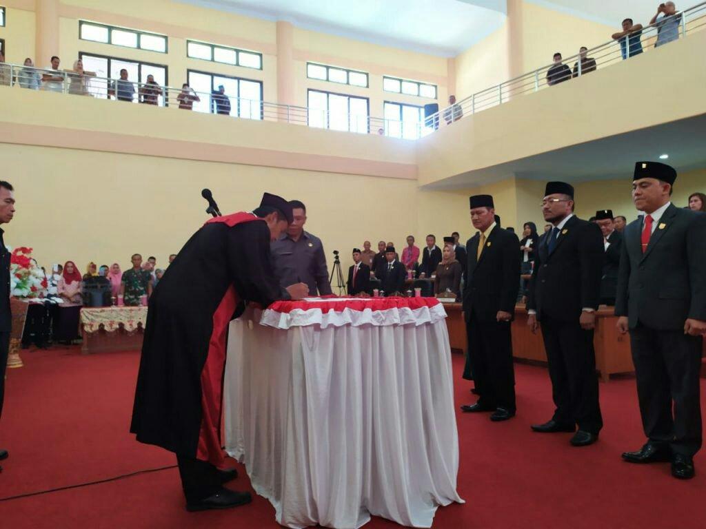 Resmi Menjabat Ketua DPRD Bolmong, Welty : Terima Kasih Atas Kepercayaan