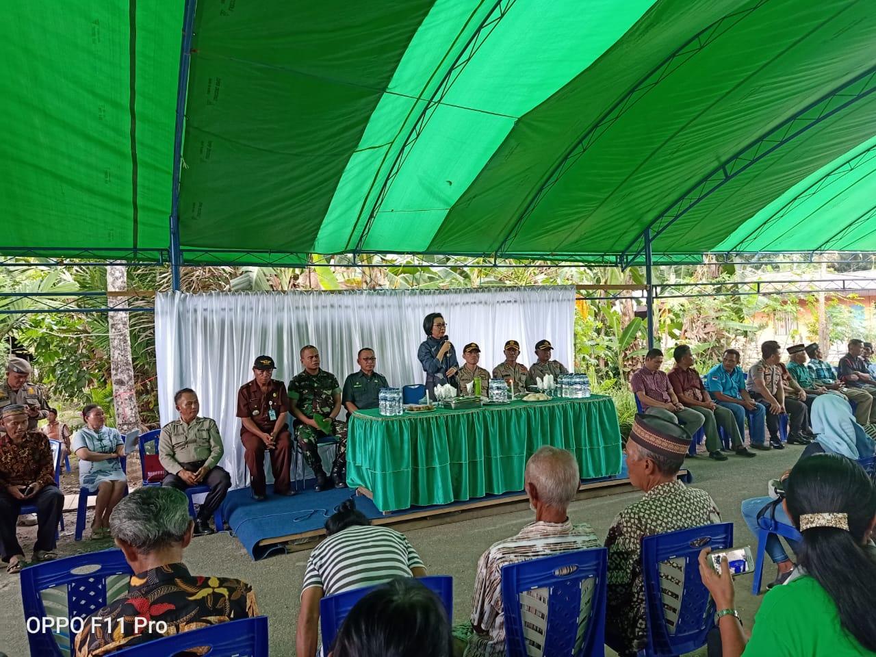 Yasti Ajak Dua Desa Bertikai Untuk Hidup Rukun